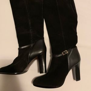 Banana Republic | NWOT Black Suede Boots
